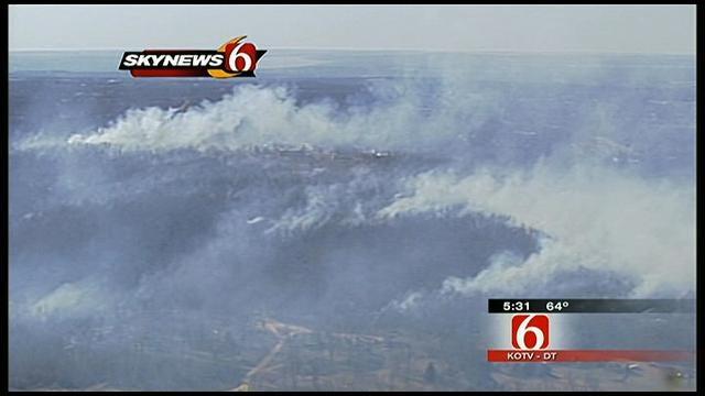 Prue Grassfire Burns One Building, 40 Acres