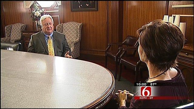 Garth Brooks' Attorneys Challenge Hospital After Claremore Trial