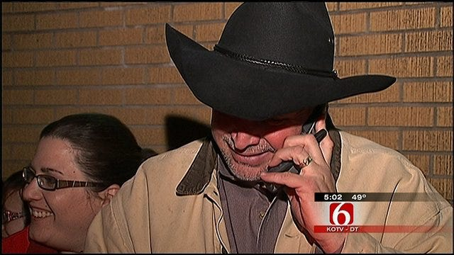 Garth Brooks Makes Big Impression During, After Claremore Trial