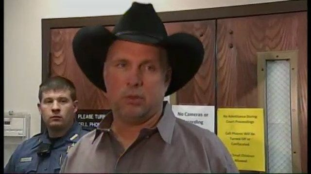 WEB EXTRA: Video Of Garth Brooks Talking With News Media Following Lawsuit Trial In Claremore