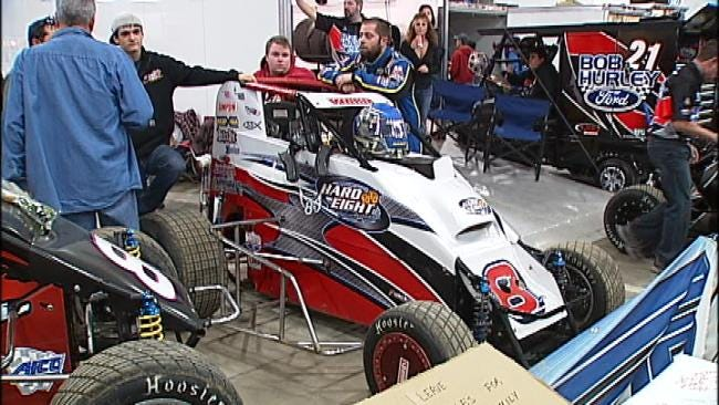Chili Bowl Fans, Racers React To Donnie Ray Crawford's Death