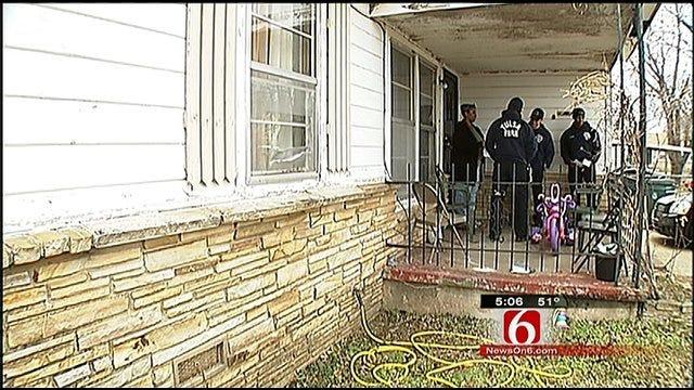 Tulsa Firefighters Go Door To Door To Find An Arsonist