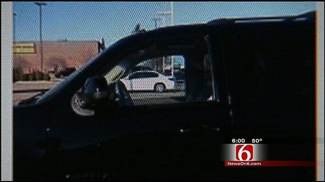 Victim Snaps Photo Of Tulsa Serial Flasher's SUV