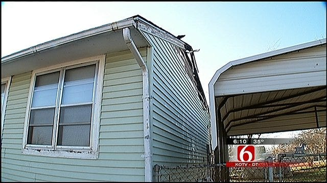 Tulsa Firefighters Save Family's Christmas Presents