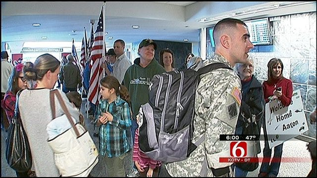 Wounded Tulsa Soldier Returns Home For The Holidays