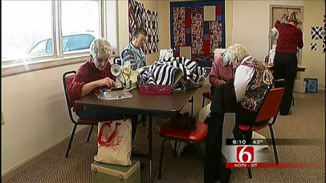 Barnsdall Quilters Welcome Soldiers Home With Comfort
