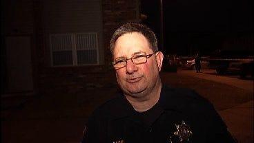 WEB EXTRA: Tulsa Police Discuss Deadly Apartment Shooting