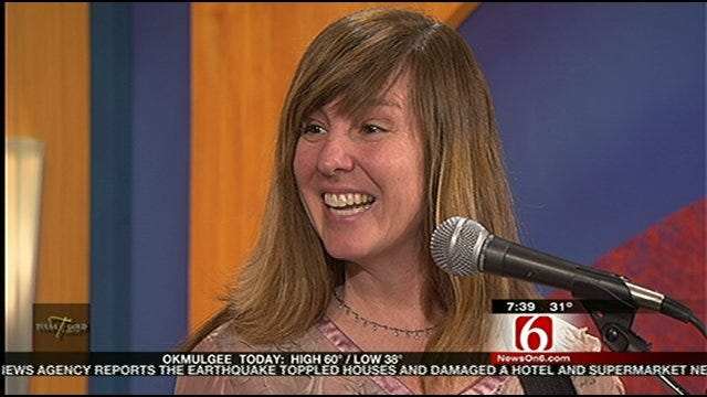 Susan Herndon Performs On Six In The Morning