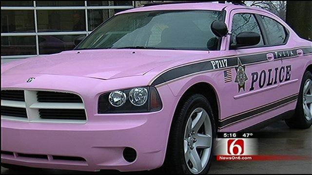 Tulsa Police Unveil Pink Patrol Car