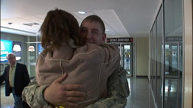 Happy Homecoming For Green Country Soldier