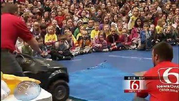 Trav's Wild Weather Camp Visits Lone Star Elementary