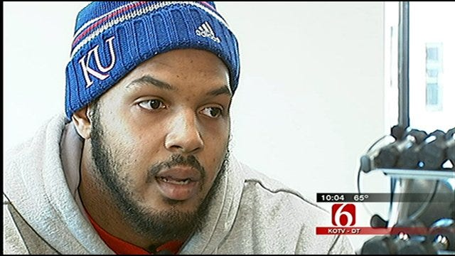 KU Defensive End Back On The Field After Receiving Cancer Treatment In Tulsa