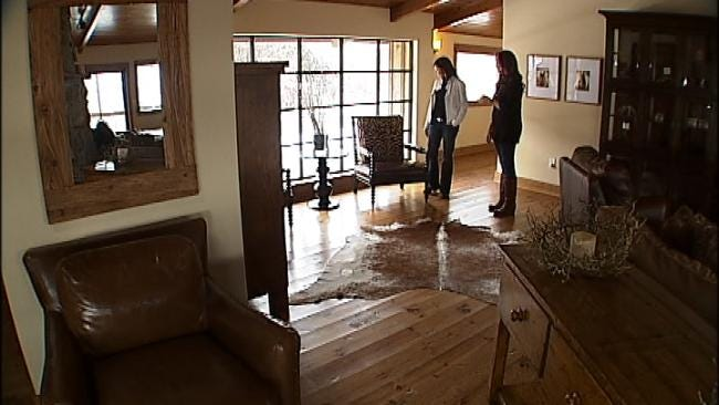 WEB EXTRA: Tour Lodge With Pioneer Woman, Part Two
