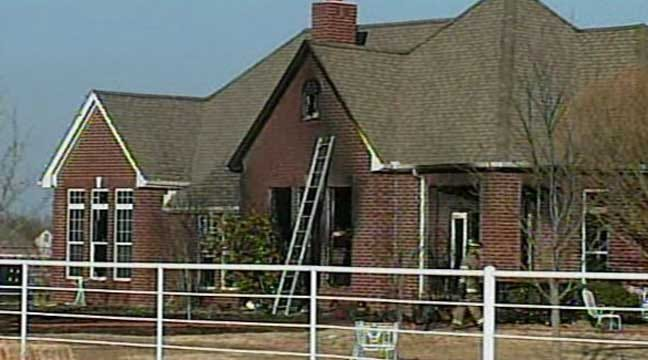 WEB EXTRA: Scenes From East Tulsa House, Grass Fires
