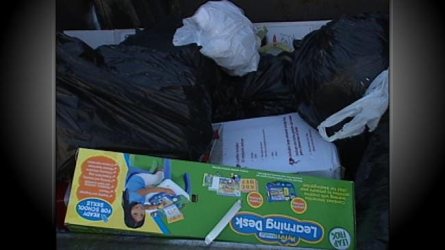 Give Environment A Gift With Christmas Recycling Event