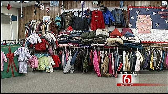 Coweta Kids Make Big Donation To Trav's Coats For Kids