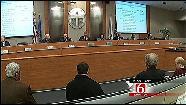 City Council Approves Tulsa's Holiday Parade Of Lights Permit 5 To 3