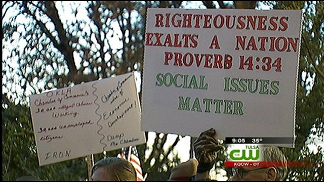 Ultra Right-Wing Republicans Protest Own Party At Bartlesville Meeting