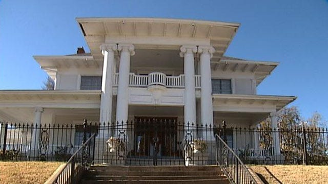Oklahoma's Own: Sapulpa's Historic Burnett Mansion Gets Modern Day Makeover