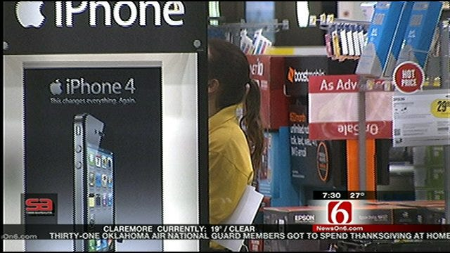 Shoppers Hit Stores Early For Black Friday Deals