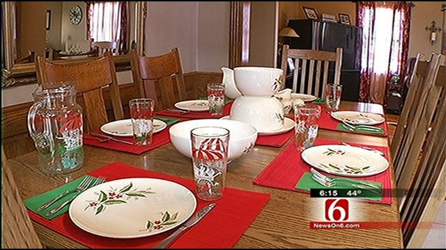 Oklahoma's Own: Inola Christmas Tour Includes Amish Home