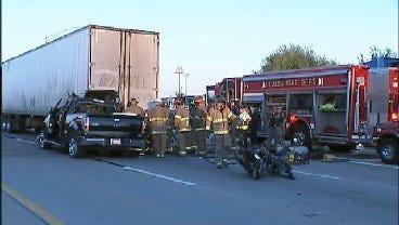 WEB EXTRA: I-44 Crash Kills 1, Injures 2