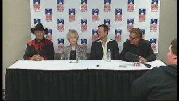 Famous Oklahomans Inducted Into State's Music Hall Of Fame