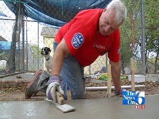 Lowes Helps Tulsa SPCA
