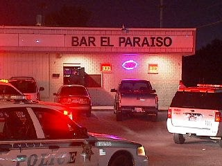 WEB EXTRA: Video From Scene Of East Tulsa Bar Robbery Attempt