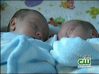 Broken Arrow Parents Of Twins Share Story Of Hope