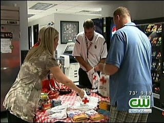 Tulsa's Southwest Airlines Employees Gather Donations For Kids In Need