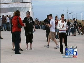Volunteers 'Freeze! For Stop Child Trafficking Now' In Tulsa