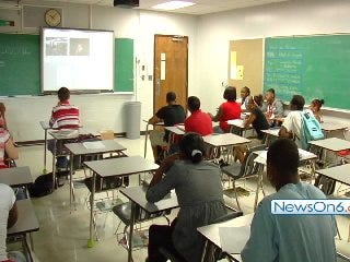 Central High Students Debate New Cell Phone Law's Constitutionality