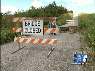 Rising Waters Crumble Roads In Pittsburg County