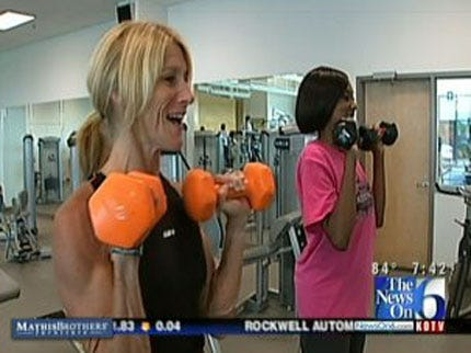 Exercise Expert On Hand Weights