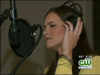 Bixby Woman's 'I Am America' Song Becomes YouTube Hit