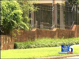 Tulsa Detectives Search For Men Involved In Home Invasion At Attorney's House