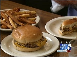 Longtime Tulsa Diner Challenging Customers To Burger Eating Contest