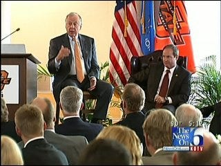 T Boone Pickens Discusses Energy, Oil Spill, At OSU Tulsa