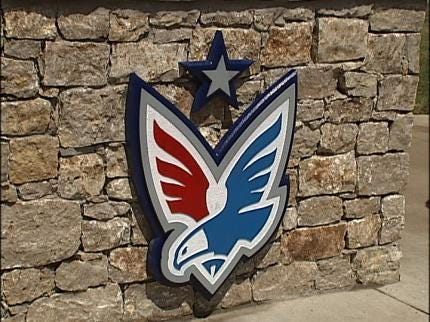 Owasso Golf Course Mission To Help Families Of Service Men And Women