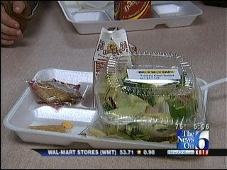 School Leaders Fire Back Against Claims Of Unhealthy Lunches