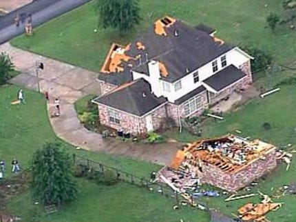 SKYNEWS 6: West Tulsa Damage