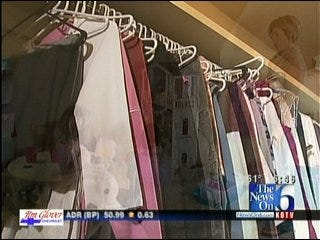 Clearing The Clutter From Your Closets