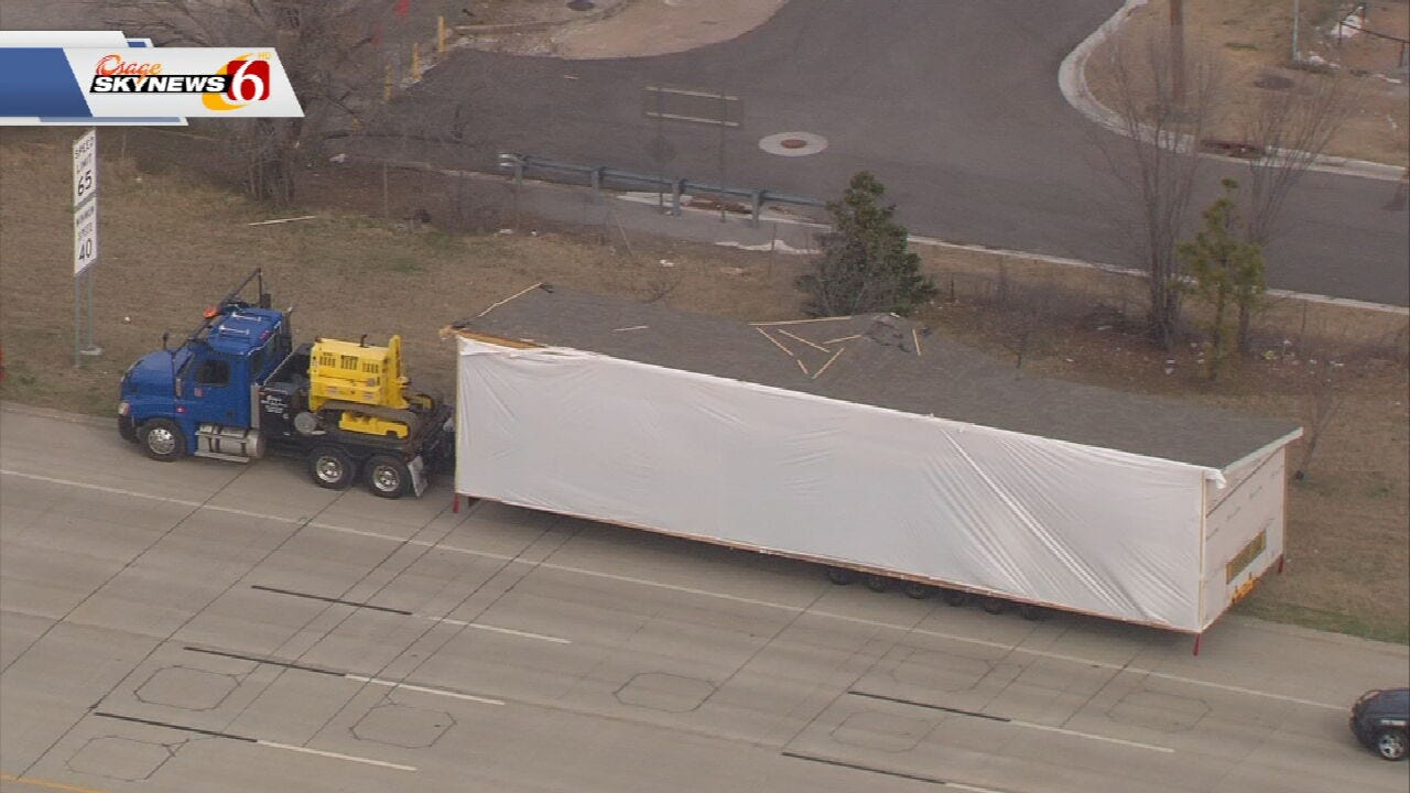Truck Carrying Mobile Home Hits Bridge Over I-244
