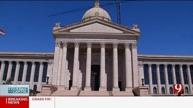 Bill To Allow Guns At State Capitol Passes Committee