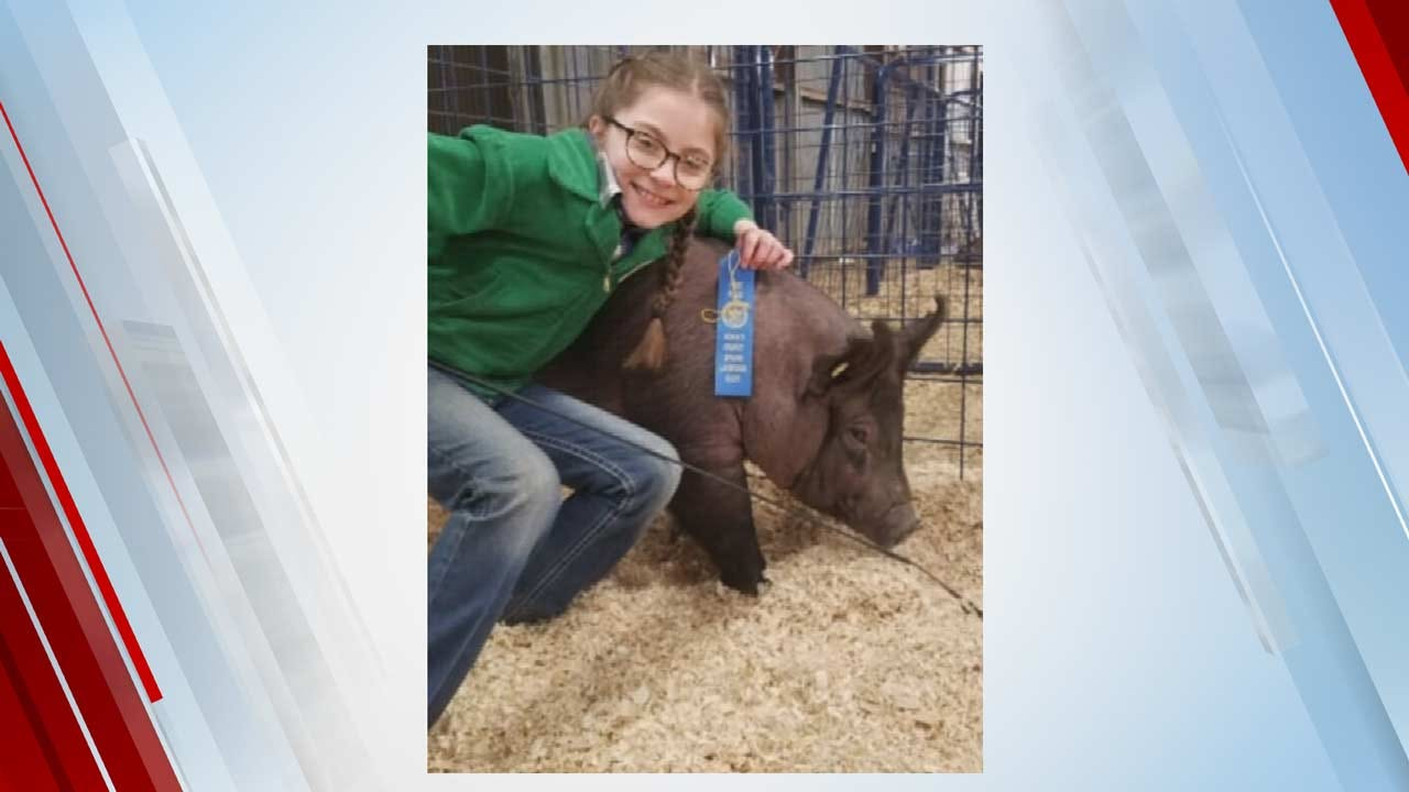 Award-Winning Pigs Named After Travis Meyer & Tess Maune