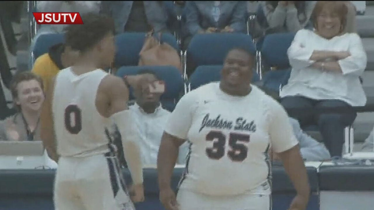 Jackson State Puts Team Manager In The Game For Big Moment