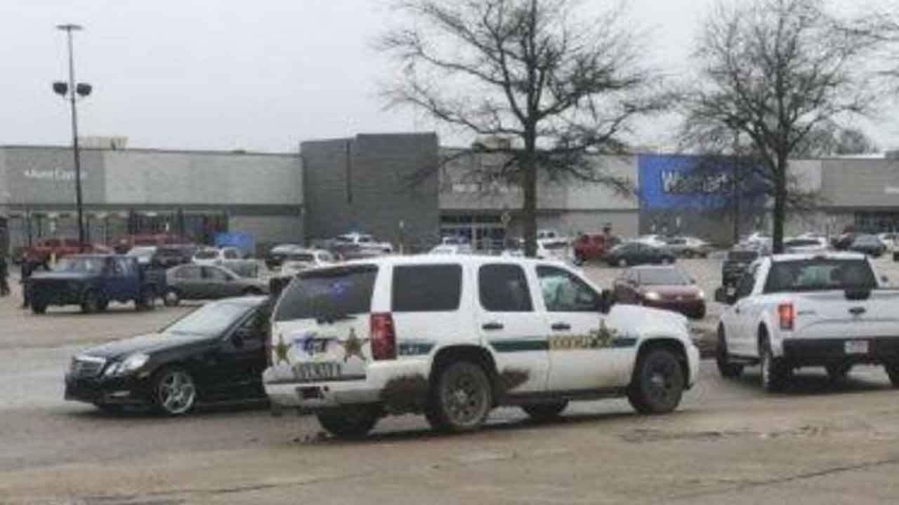 2 Officers Shot, Suspect Killed In Shooting At Arkansas Walmart