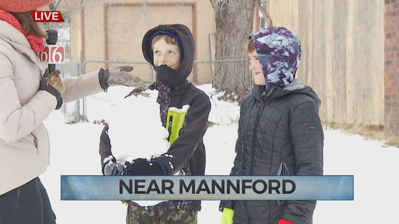 WATCH: Kids Loving Snowy Weather In Mannford