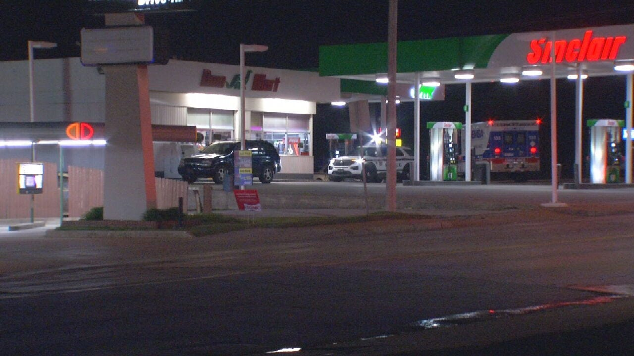 Tulsa Police Searching For Second Suspect In Gas Station Robbery